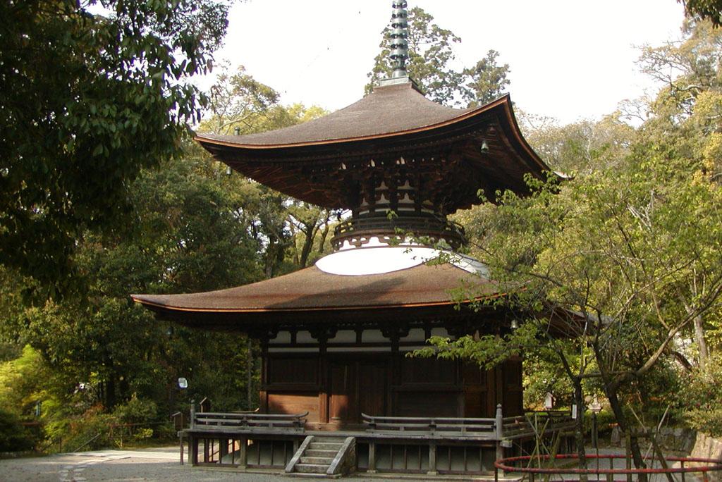 石山寺多寶塔