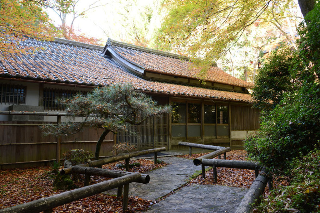 Mitsuzō-in temple (Shimazaki Tōson's hall)